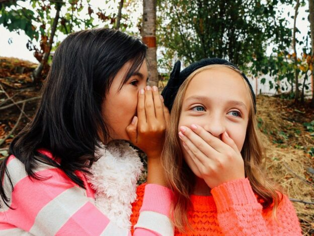girls, whispering, best friends